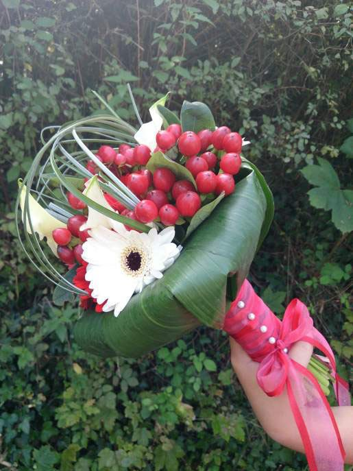 bouquet-mariee-rouge-blanc